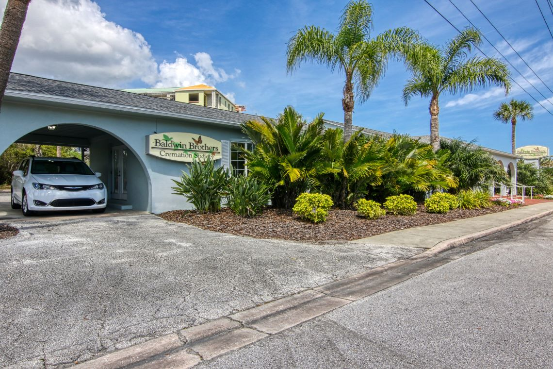 new smyrna beach funeral home entrance