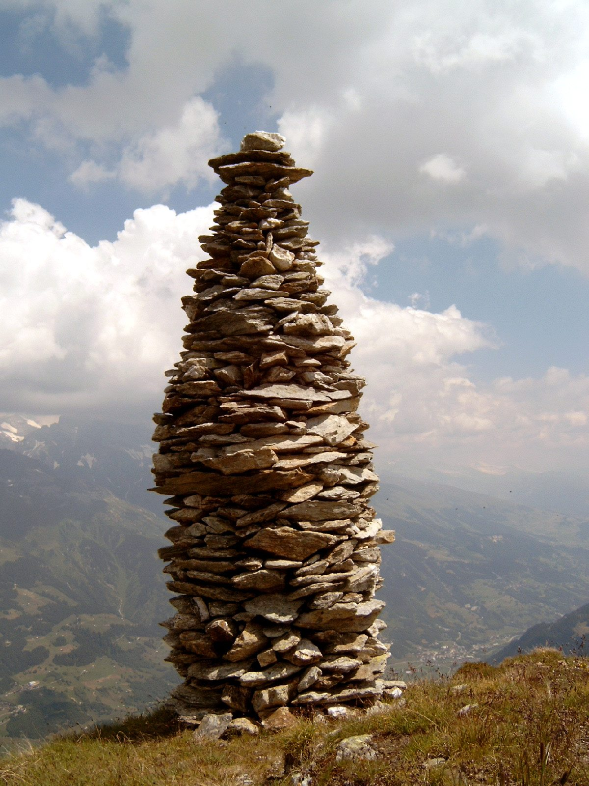 Picture of a Cairn
