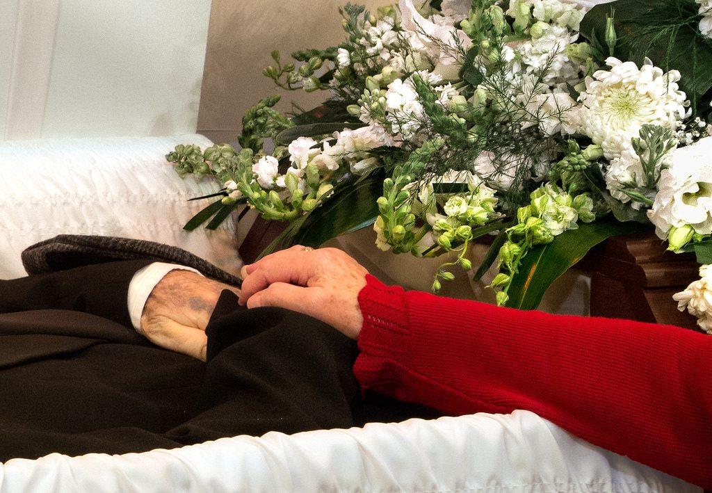 burial vs cremation in Orlando