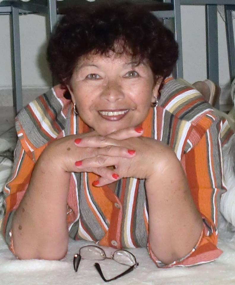 Doña Nelly, siempre la recordaremos con mucho cariño.  QEPD