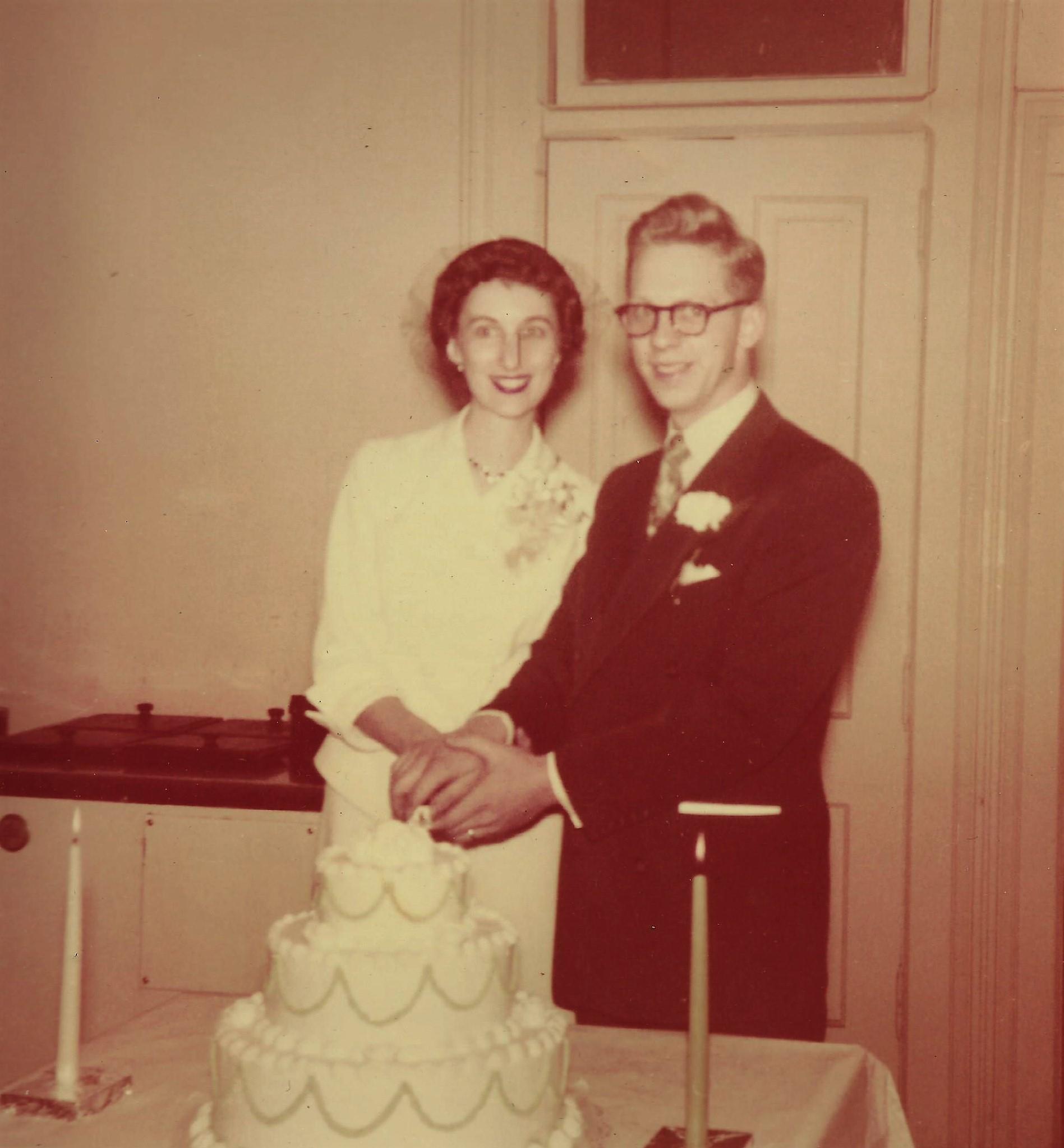 Doris & Harold's wedding picture
