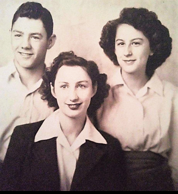 Brother Norm, Doris and sister Jeanette