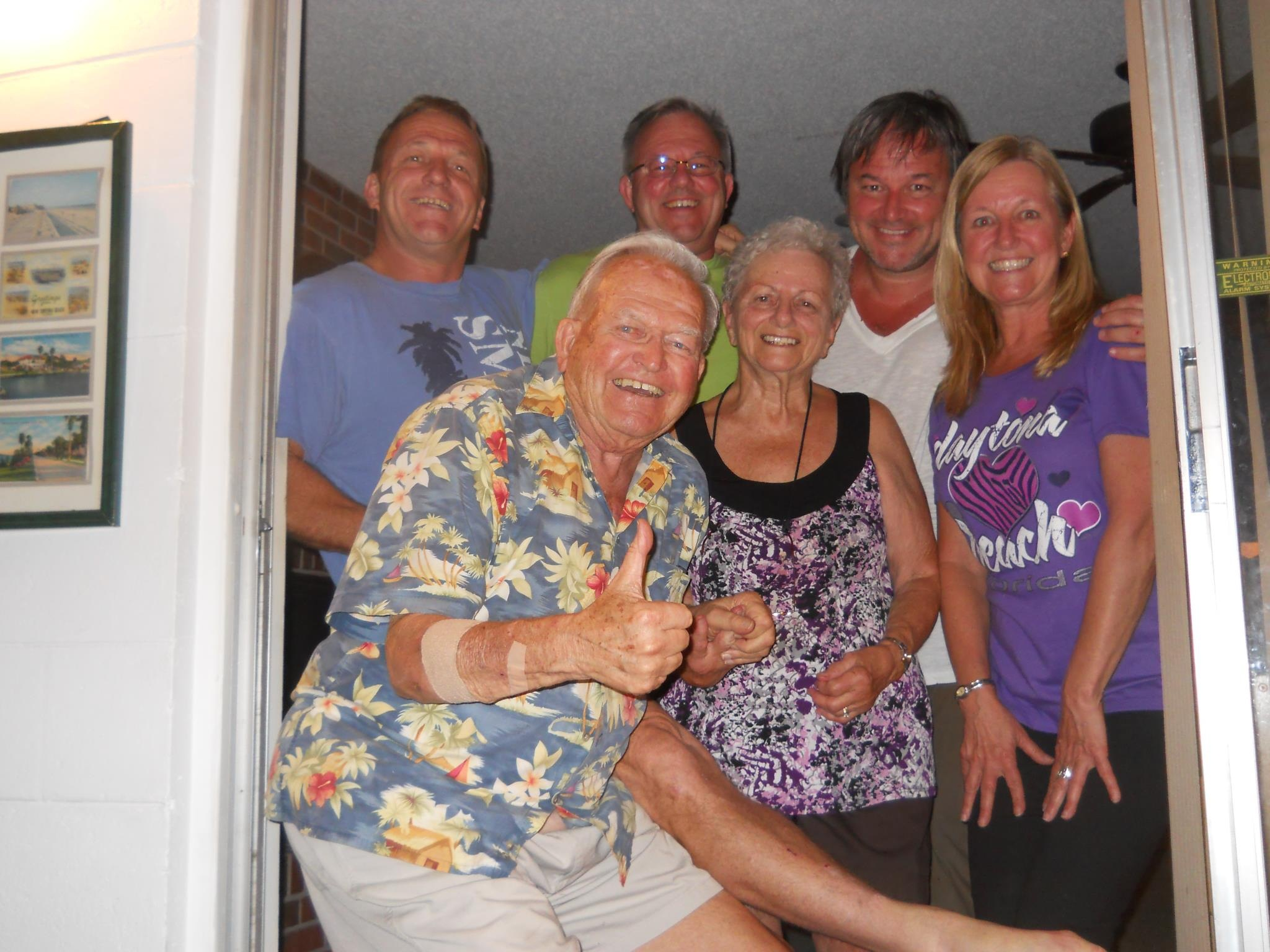 Sir Bob & the family that he was sooo proud of, Mother's Day 2013.  He will be so missed...