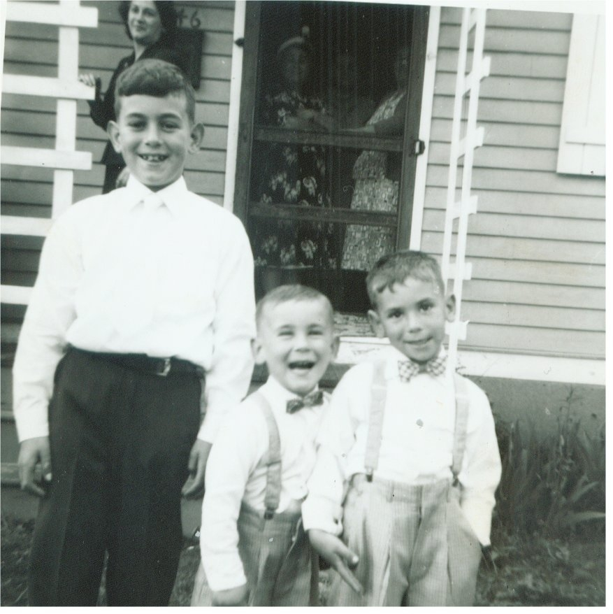 Gary in the middle. RIP Cousin!