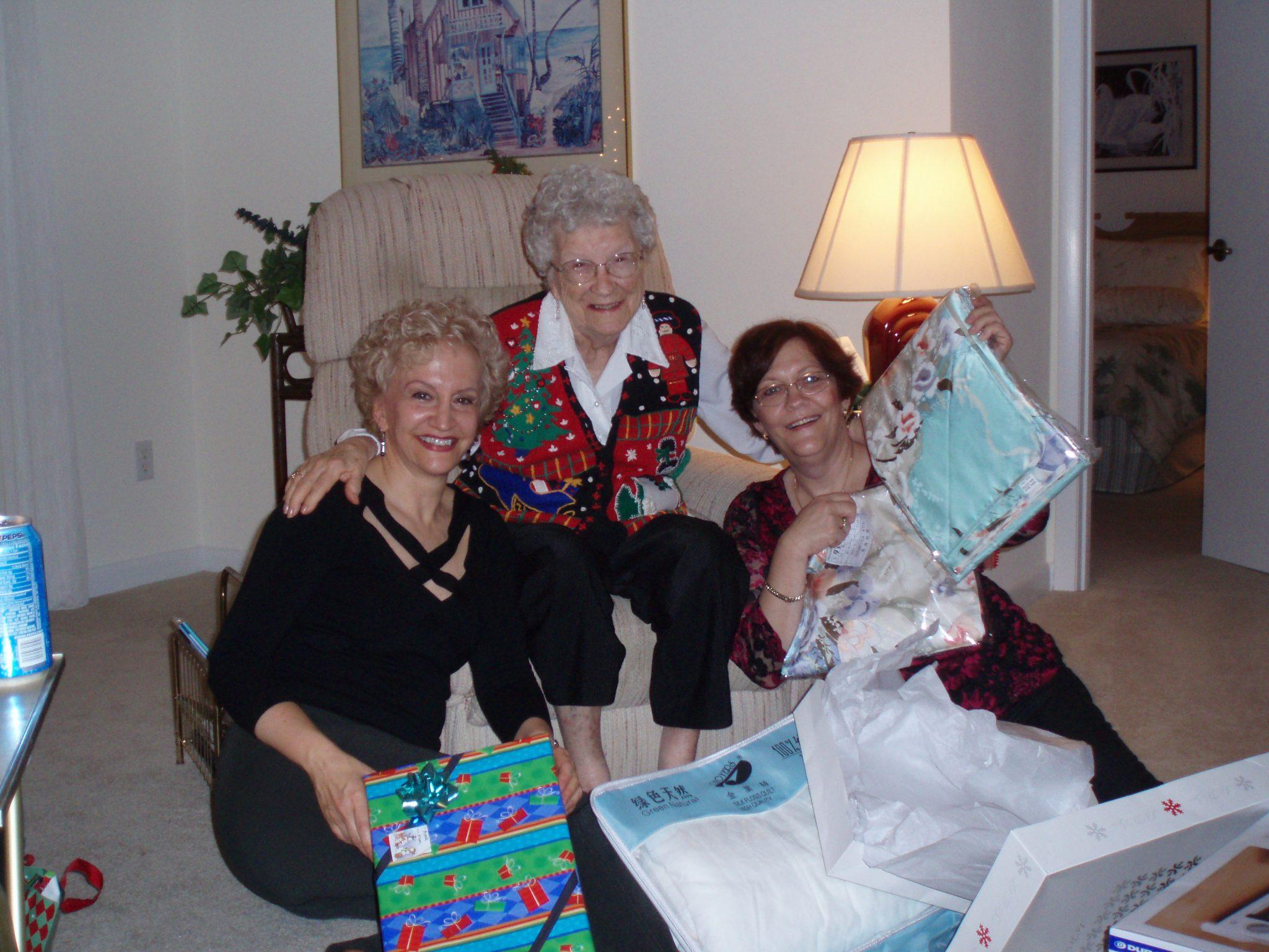 Laura, Mom and Sue 2006 Christmas
