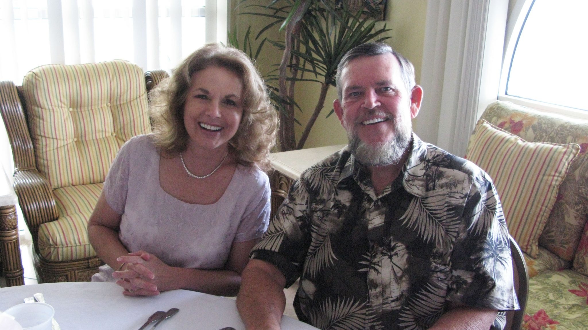 Jack and Yvonne were a wonderful couple who touched many lives.  They lived their faith and were an example to all who knew them.  May that faith continue to sustain the family at this difficult time.  God bless.
