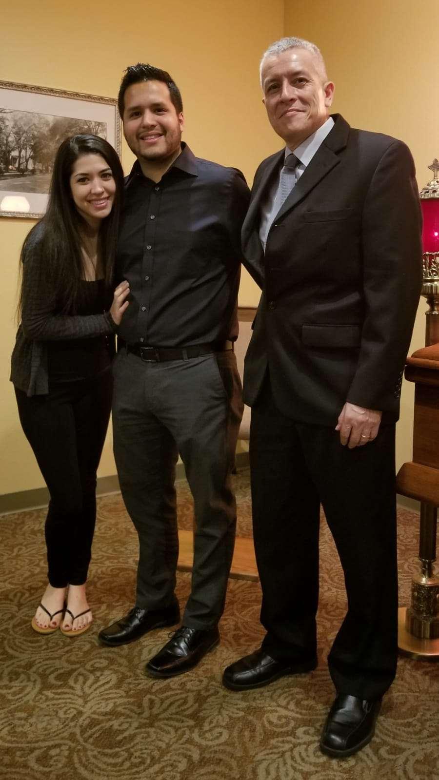 Esmeralda y David Carvajal, y Carlos A.  Luz Alba le encanto presenciar la boda de David Y Esmeralda.