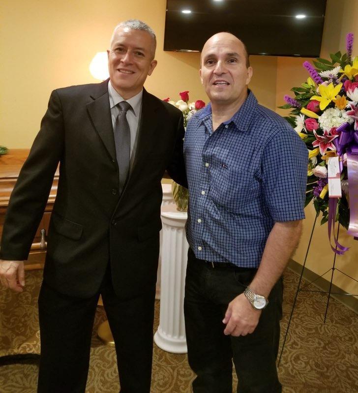 Primos Humberto y Carlos.
