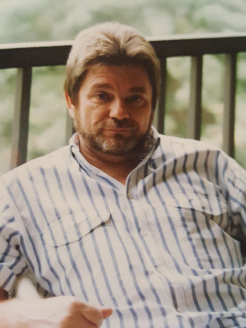 Dennis Hrzenak, 1990