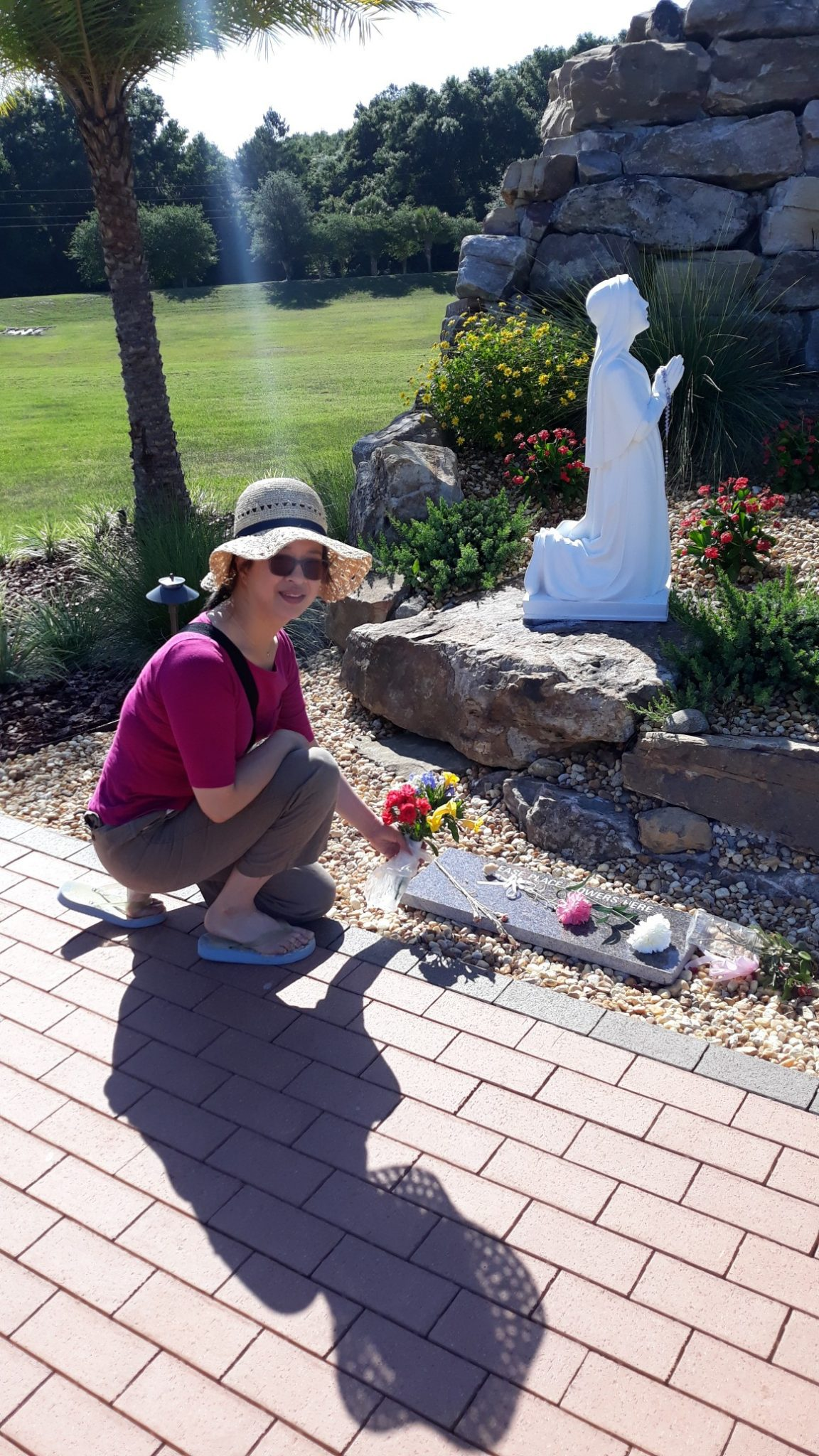 Hi Mum. Jo visited and she loved our home and our Church. Especially the Prayer Garden. We love you.