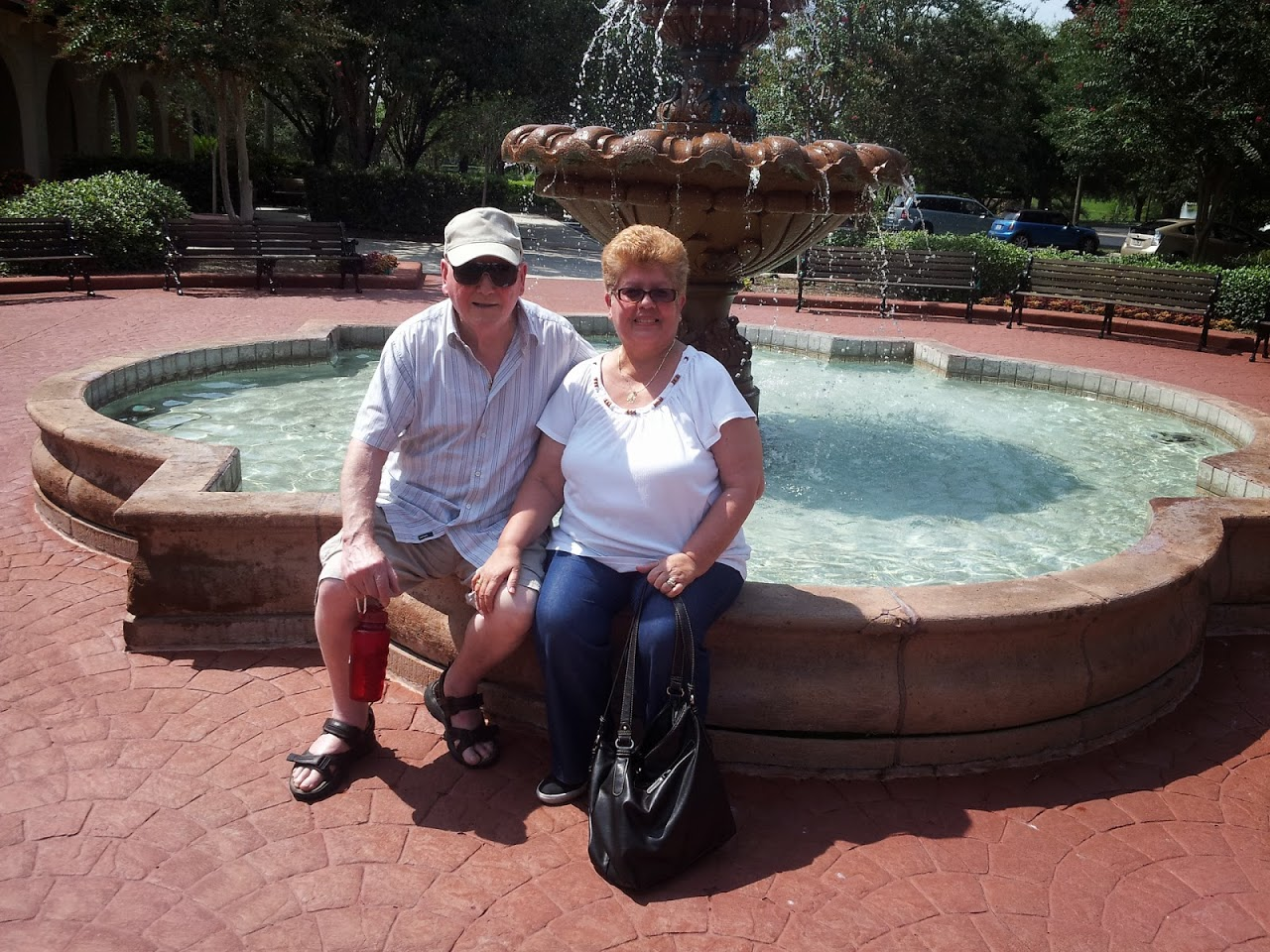 Visiting our cousin staying at The Villages when she came on holidays.  We had a lovely day.