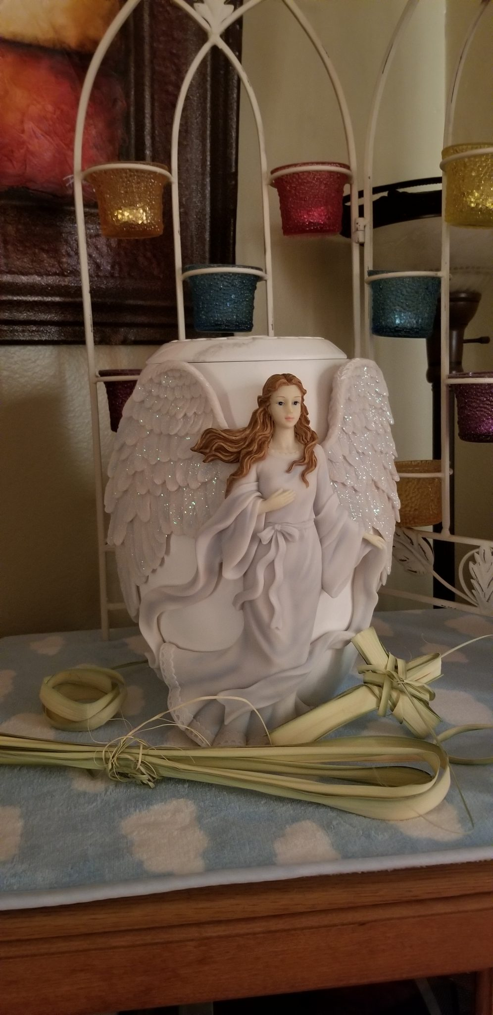 My Sister's urn is a beautiful Angel...I know she would love this..her children picked it out