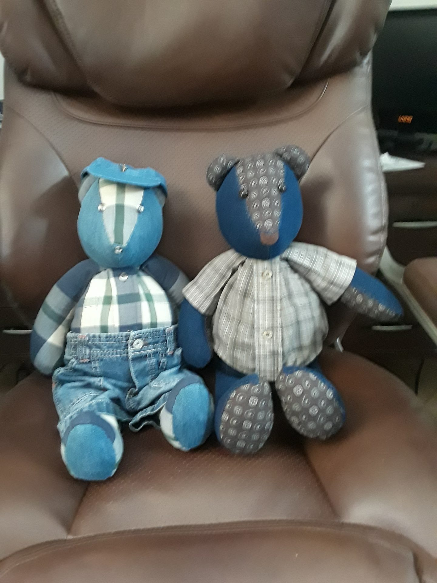 Dexter and Bob bears. <br /> Made of their clothes by a woman  with a precious  gift of giving