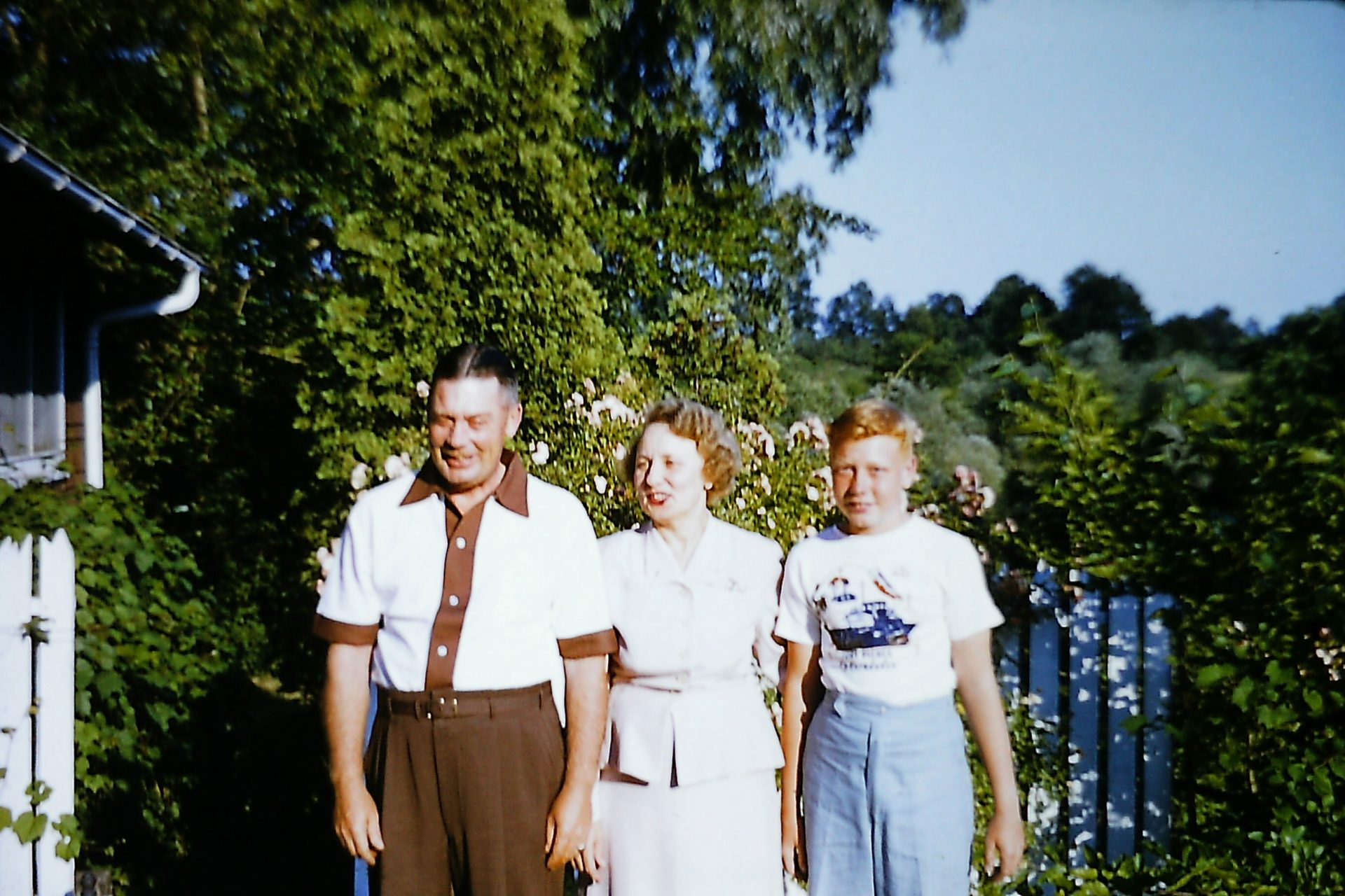 Elgin T. Upham, Henrietta Young Upham, and E. Tyler Upham.   July, 1954, Rochester, NY.<br />