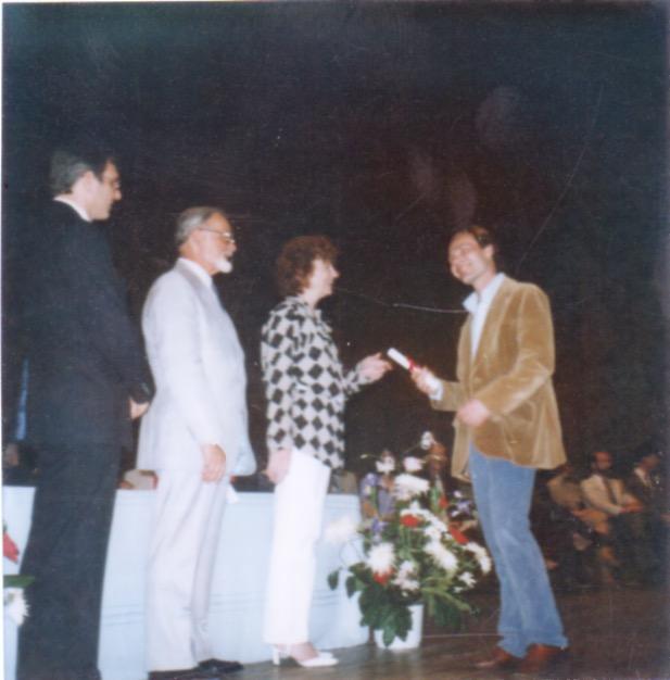 Graduation from School of Visual Arts 1984.