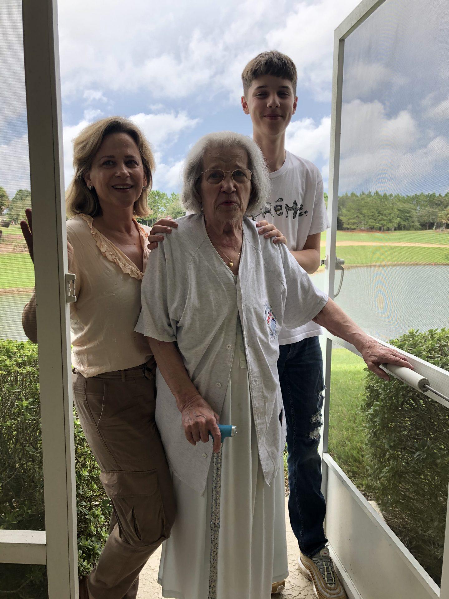 Mom with Ann and Oskar