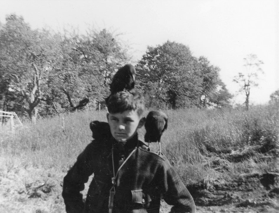 1950, with his crows