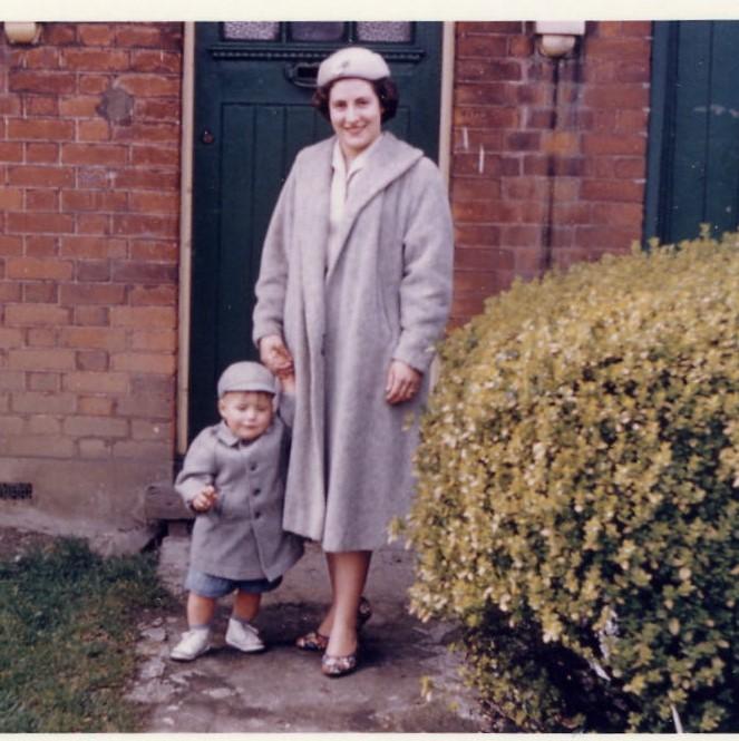 1960 Jacqueline & Robert, Jr.