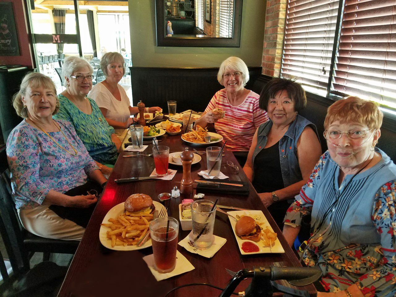 Mom lunching with friends, Apr 2018