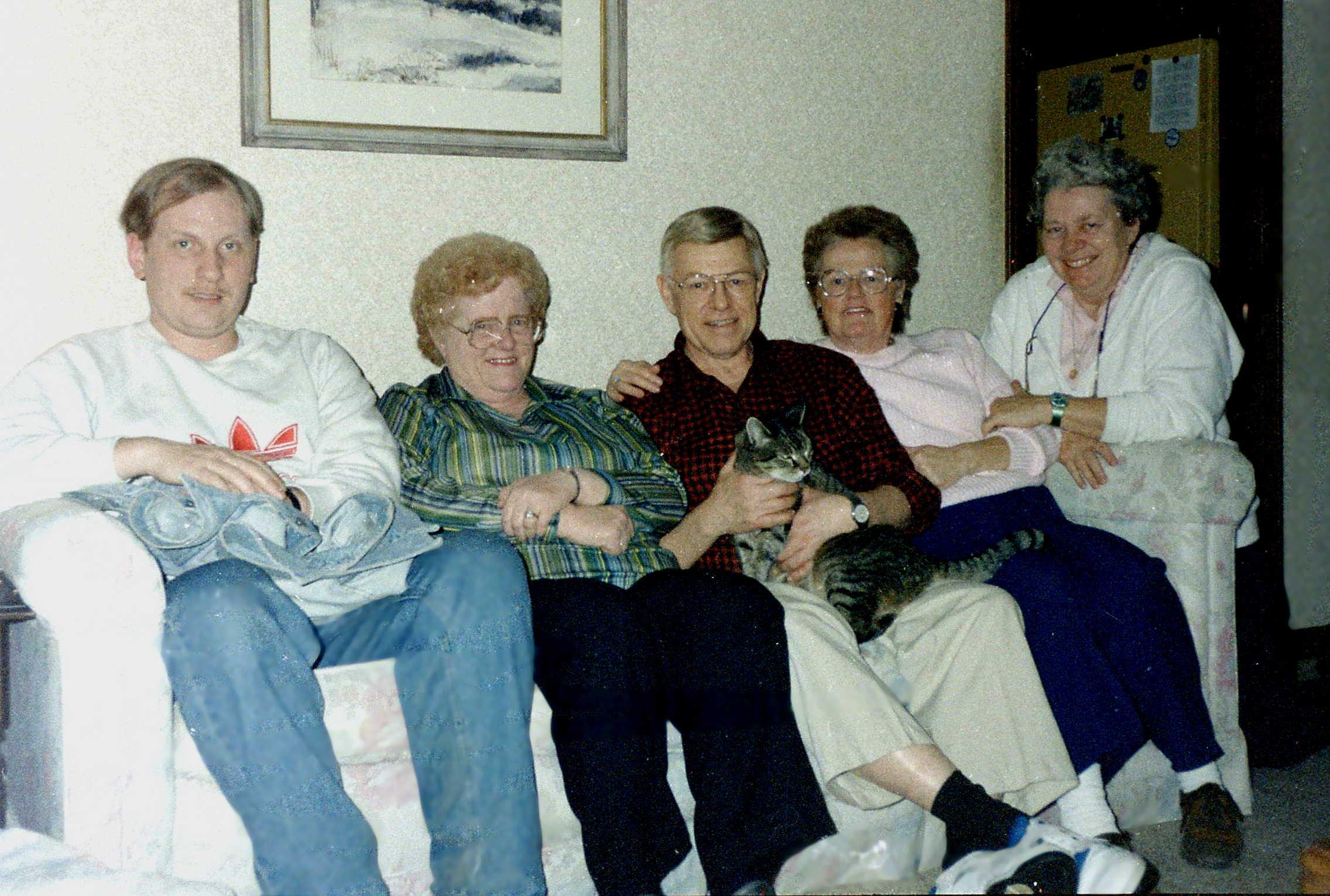 Glenn, Lorry, Dad, Jackie, Aud