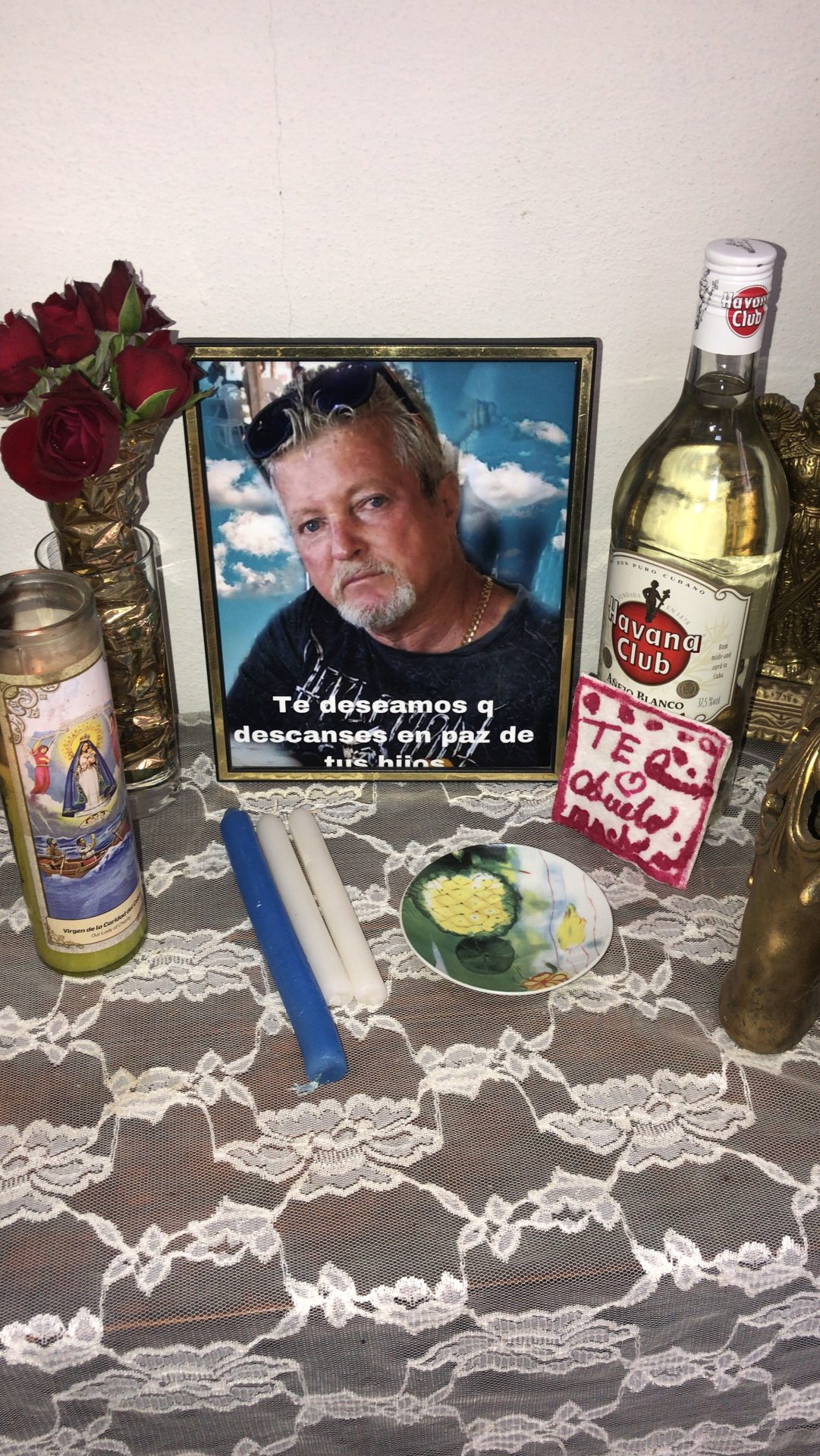 Papito siempre te vamos a recordar con Alegría y amor pero te vamos a extrañar