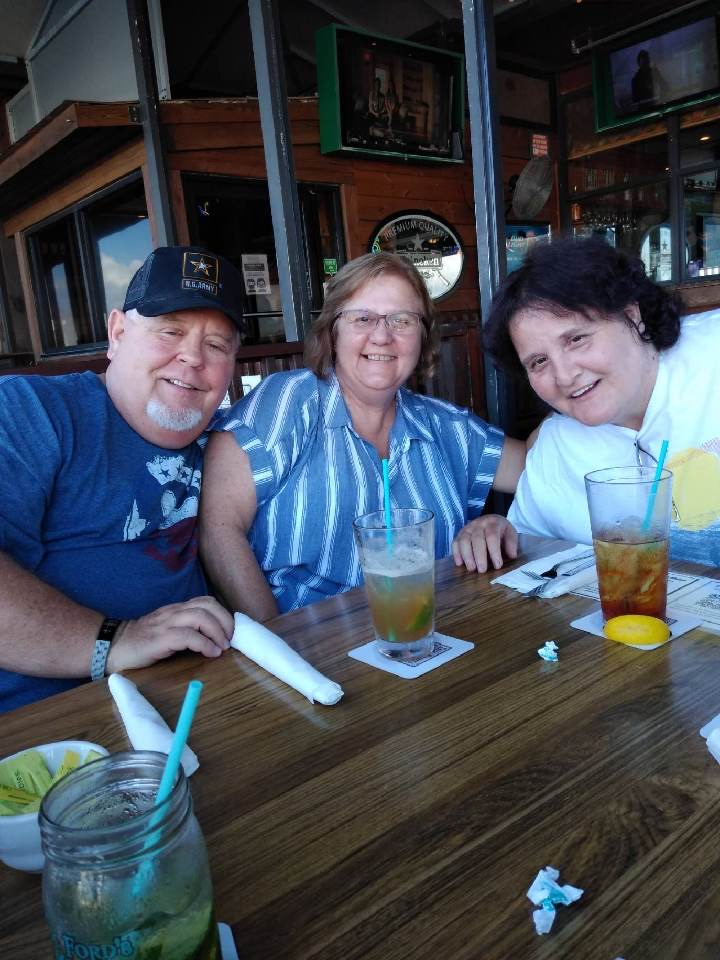 We had a great time at doc fords having lunch together.