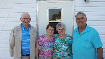 Mom (Uncle Chuck's sister Lois) and Dad (Ed) visiting in Florida