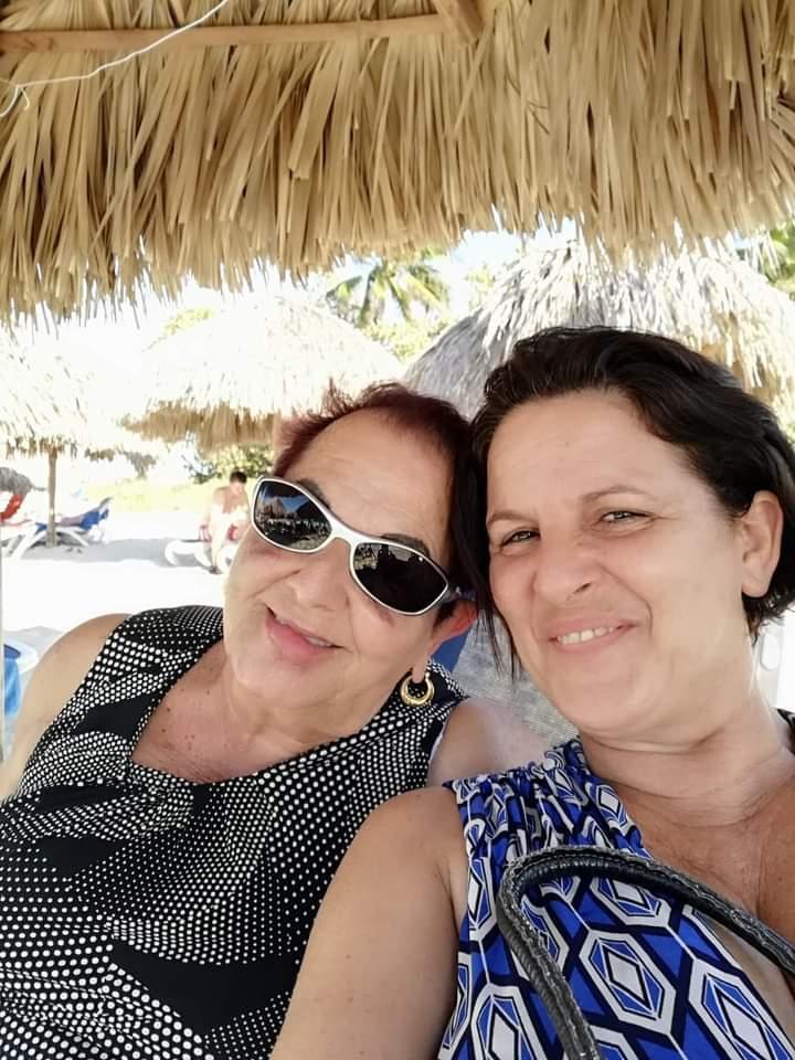 Mami y yo en varadero