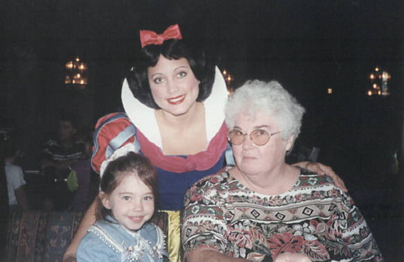 Thanksgiving at Disney with Mom and Ariel - lunch at the castle!