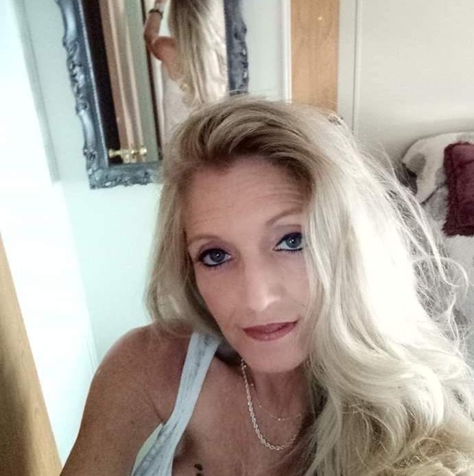 Jodi is the loving daughter of John L. Taylor of Ocala, FL. Mother of Brandi Eddinger and Mimi to Dirk and Brendon Eddinger of Middleport, OH.