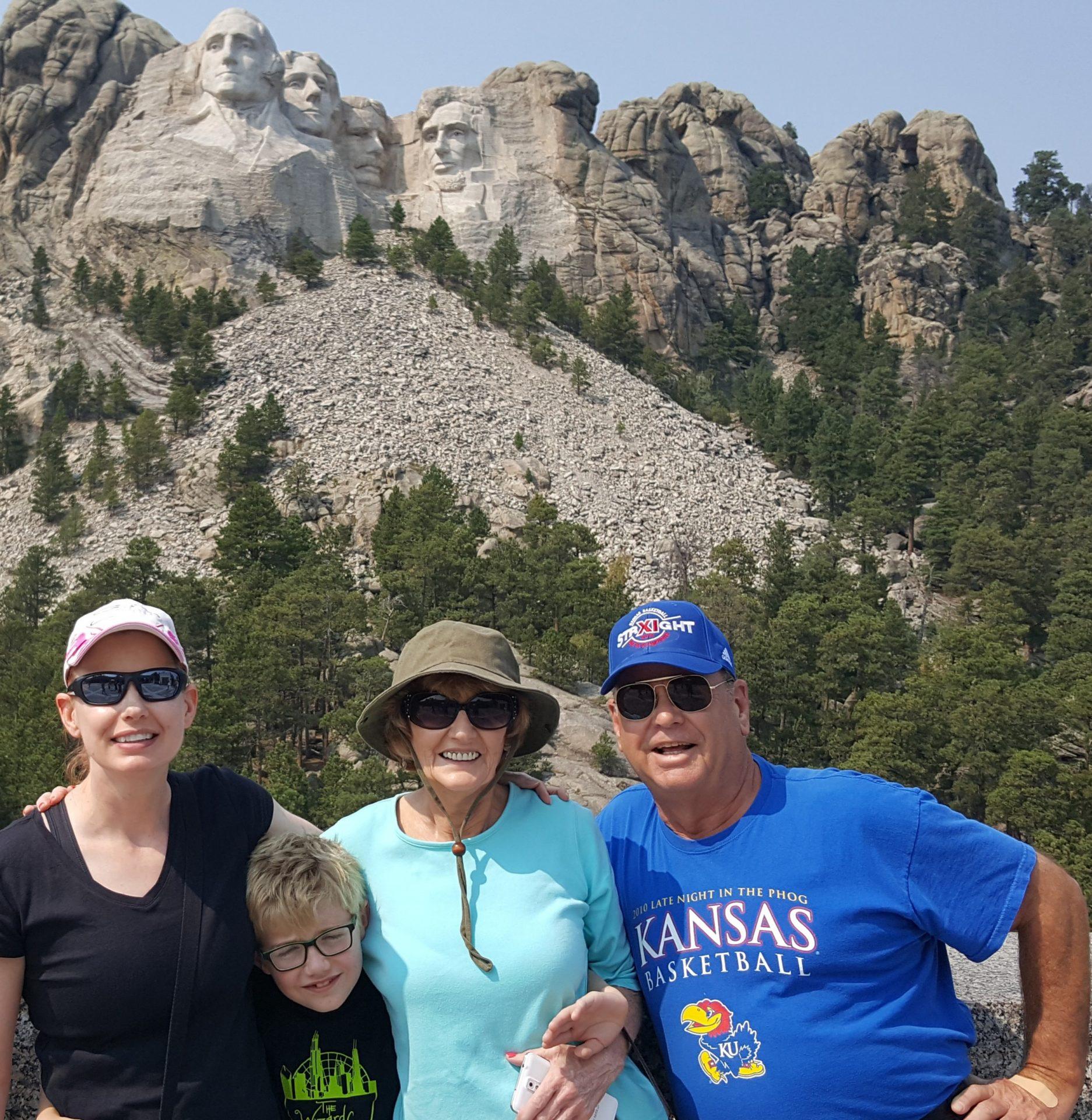 Julie, Rand, Sara & Byron at Mt Rushmore
