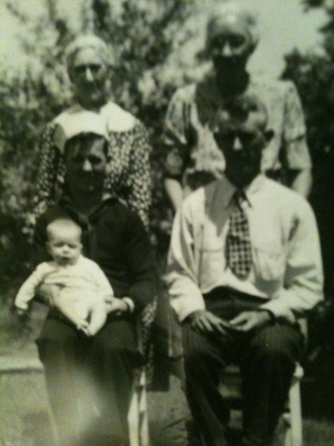 Boyd holding Brian,Lyman,Martha Shreve and Tina Mrtles