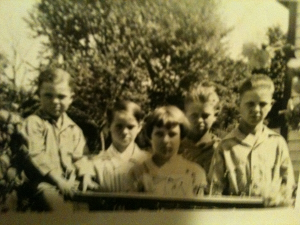 Boyd, 2 sisters,Ralph,Charles