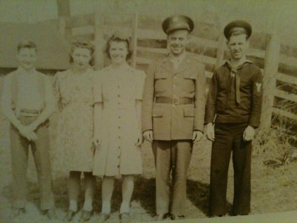 Charles,Ruth,Martha,Ralph,Boyd at Farm