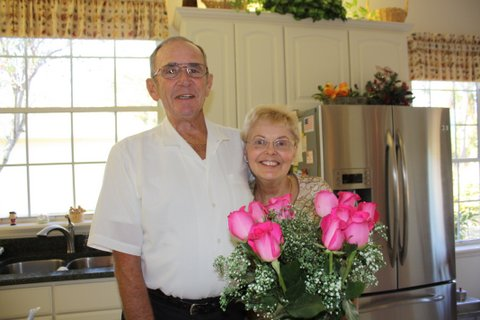 Dad & Mom (2012)