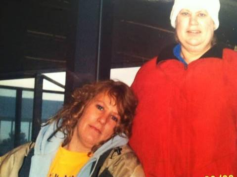 barb & her oldest sister carol who passed away from breast cancer in 2007 R.I.P